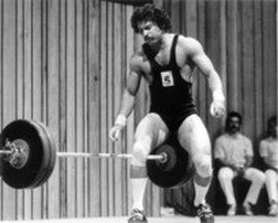Podcast Episode 19 | What Does it Take to be a Weightlifter with Leo Isaac